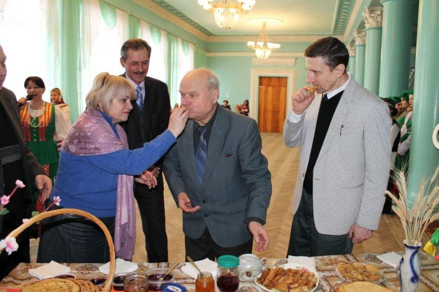 Артемовские студенты и ветераны вместе отметили масленицу, фото-9