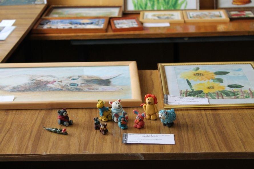 Конкурс работ артемовских училищ: в Донецк поедут лоза и фотографии, фото-5