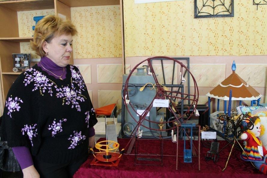 Конкурс работ артемовских училищ: в Донецк поедут лоза и фотографии, фото-8