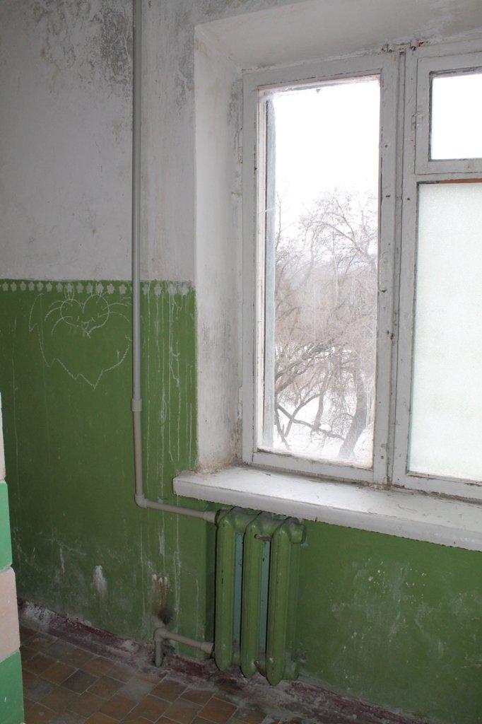 Коллектив артемовского строительного лицея ремонтирует училище за свои деньги, чтобы избежать оптимизации, фото-3