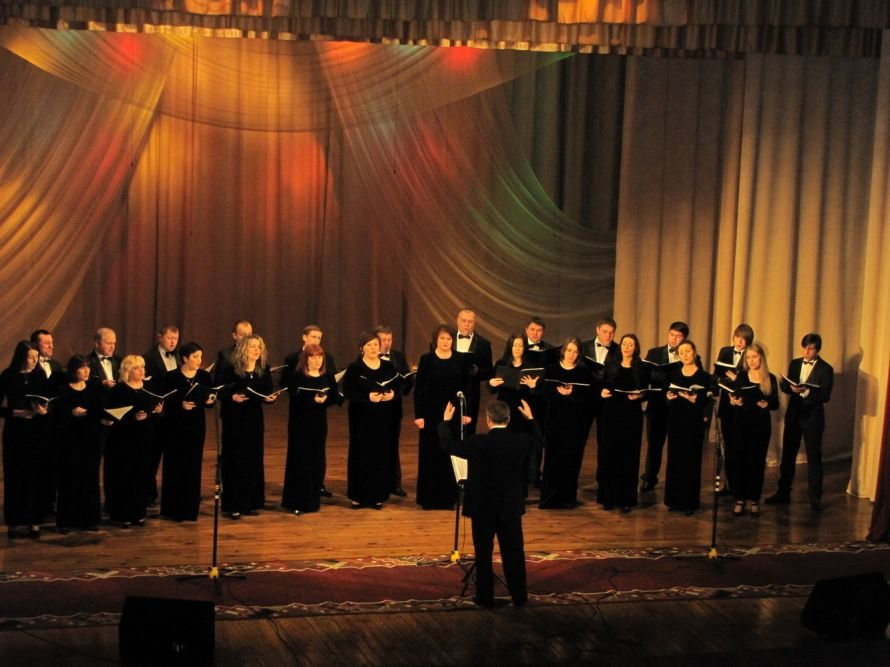 У Луцьку виступив архієрейський хор «Оранта», фото-1