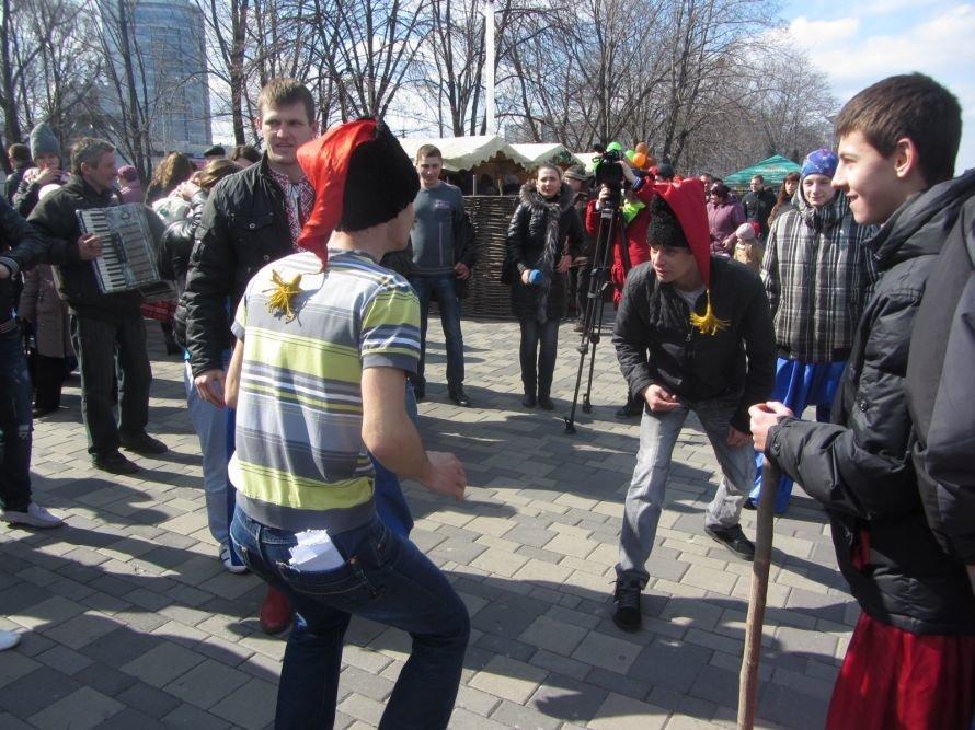 В Днепропетровске проходят масленичные гуляния (ФОТОРЕПОРТАЖ), фото-7