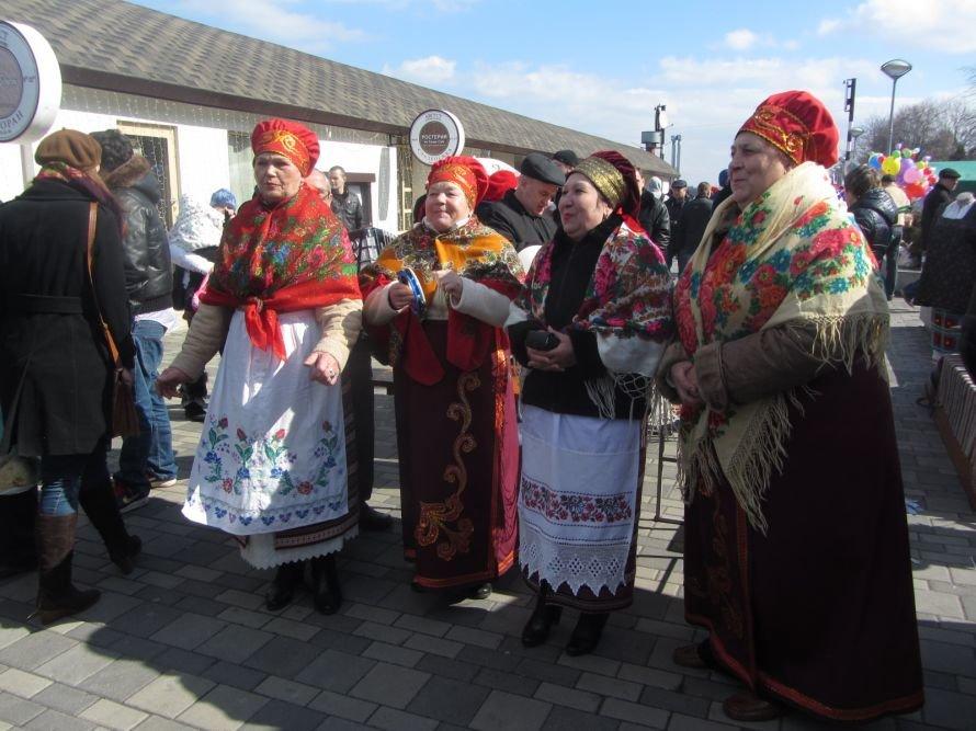 В Днепропетровске проходят масленичные гуляния (ФОТОРЕПОРТАЖ), фото-5