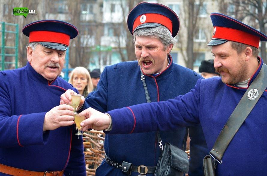 В Станице Луганской отгуляли Масленицу (ФОТО), фото-2