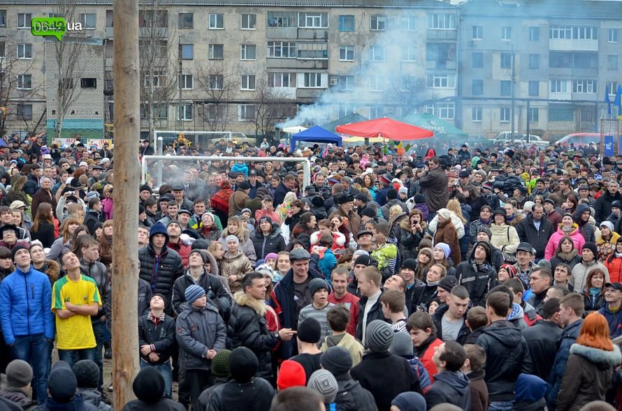 В Станице Луганской отгуляли Масленицу (ФОТО), фото-1