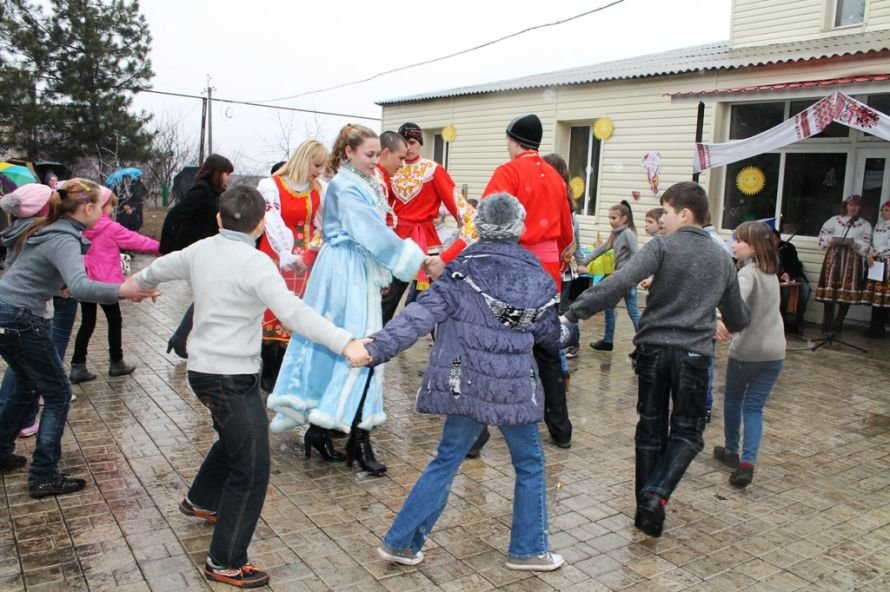 В одном из сел Артемовского района устроили флешмоб Gangnam Style (ФОТОРЕПОРТАЖ), фото-3