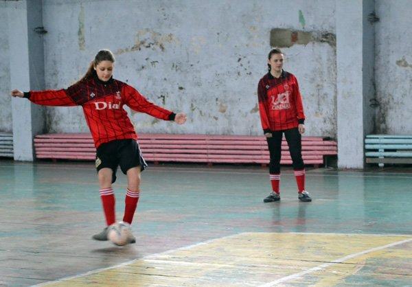 Юные горловчанки показали макси-класс в мини-футболе, фото-7