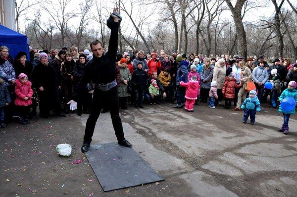 Стироловцы с песнями и плясками провели в Горловке зиму, фото-7