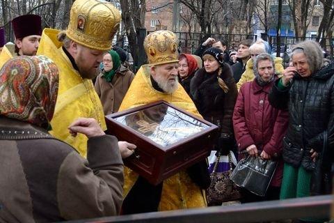 Фоторепортаж о пребывании христианских святынь в Горловке., фото-2