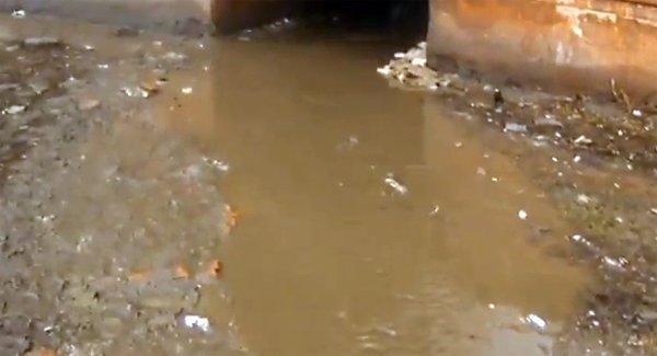 «Седые» коммунальные проблемы: в Горловке подвалы одного из домов затапливает более 5 лет, фото-5