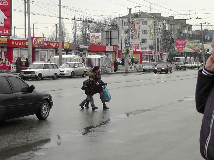 Кировоградские работники ГАИ отлавливали пешеходов нарушителей (фото), фото-2