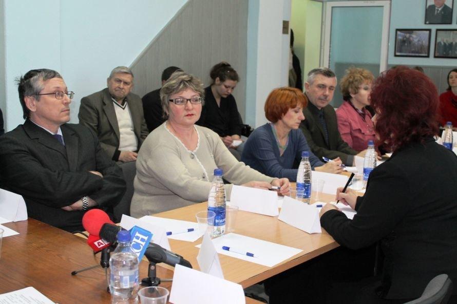 В Артемовске началась дискуссия по проблемам и перспективам добычи сланцевого газа (ВИДЕО), фото-2