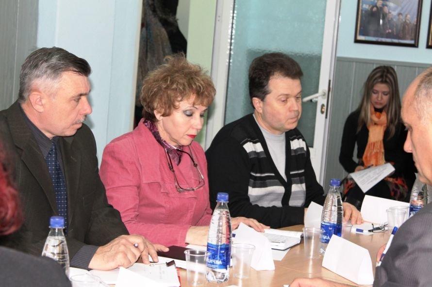 В Артемовске началась дискуссия по проблемам и перспективам добычи сланцевого газа (ВИДЕО), фото-5