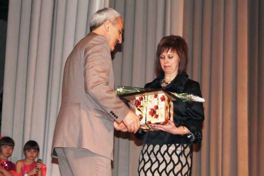 В Артемовске назвали победительниц конкурса «Женщина года - 2013», фото-6
