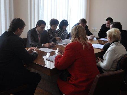 Власти Горловки решили создать для должников «атмосферу нетерпимости» и отбирать квартиры, фото-1
