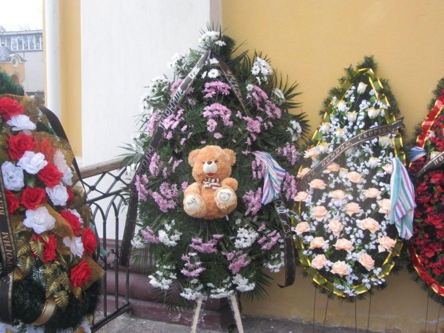 Днепропетровск прощается с жертвами ДТП на Победе (РЕПОРТАЖ С МЕСТА СОБЫТИЙ, ФОТО), фото-2