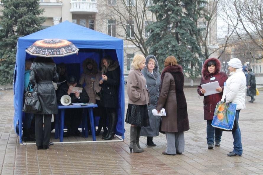 В Артемовске День борьбы с туберкулезом отметили информационной акцией, фото-2