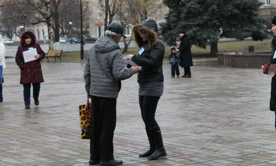 В Артемовске День борьбы с туберкулезом отметили информационной акцией, фото-3