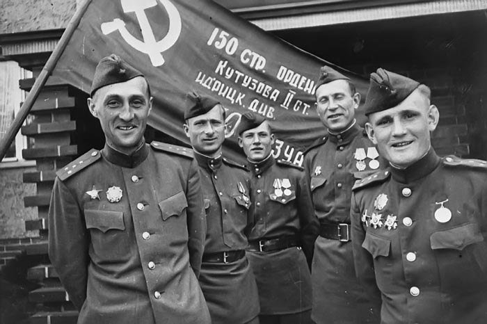 24 марта Феодосия встречает участников автопробега, посвященного Дню Победы, фото-1