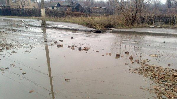 Горловские чиновники опробуют новые технологии в ремонте дорог, фото-1