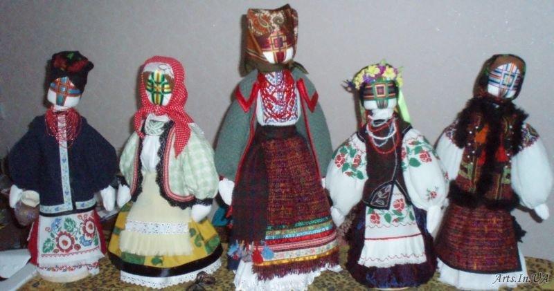 етнічна лялька