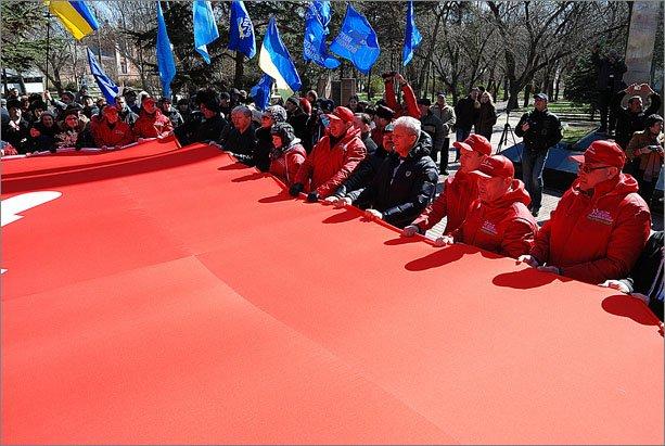 Феодосия приветствовала участников автопробега «Наша Великая Победа» (ФОТО), фото-2