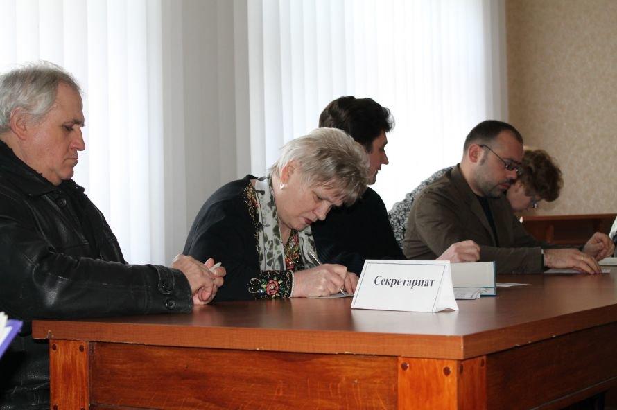 «Именем Лукьянова – запретить!» Депутаты Часовоярского горсовета покинули сессию из-за страха потерять работу на комбинате (ВИДЕО), фото-5