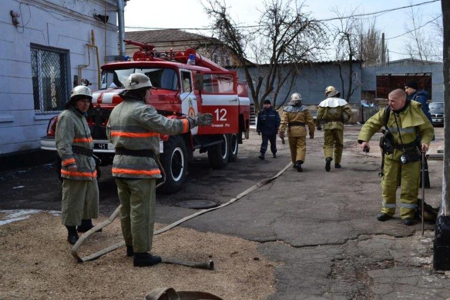 Криворожские МЧСники тушили в сауне воображаемый пожар (ФОТО), фото-6