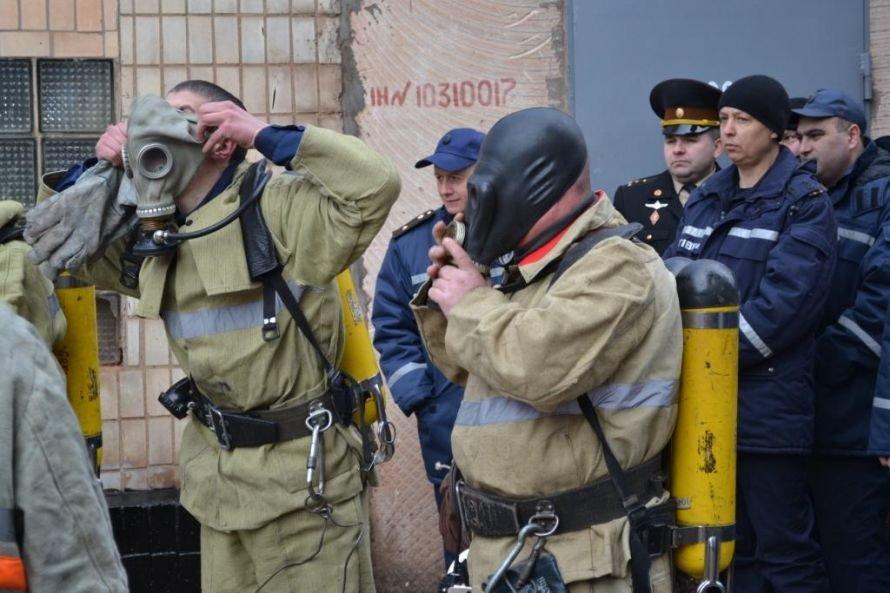 Криворожские МЧСники тушили в сауне воображаемый пожар (ФОТО), фото-2