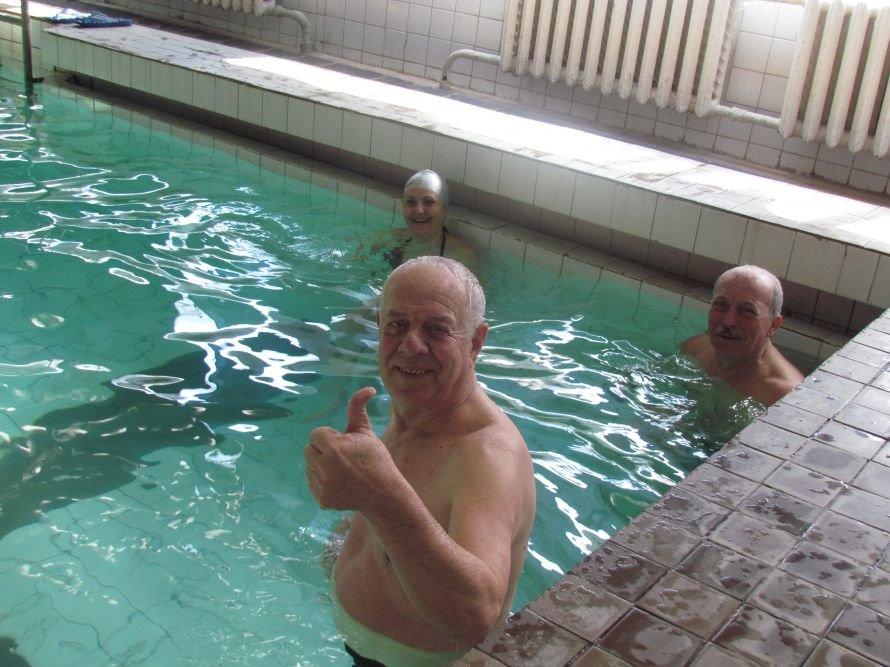 В Мариуполе стало больше физруков, которые научат детей плавать (ФОТО), фото-2