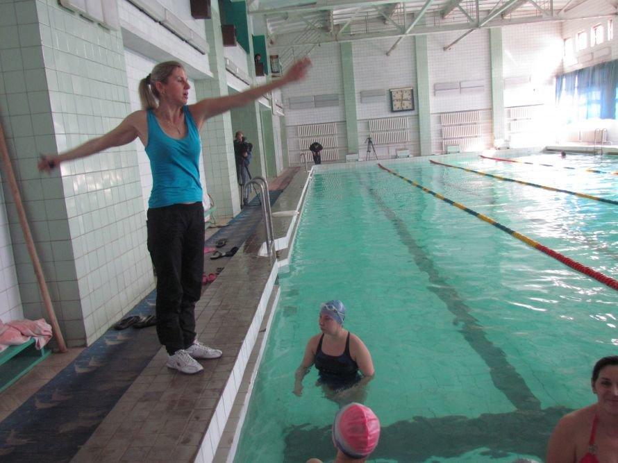 В Мариуполе стало больше физруков, которые научат детей плавать (ФОТО), фото-4