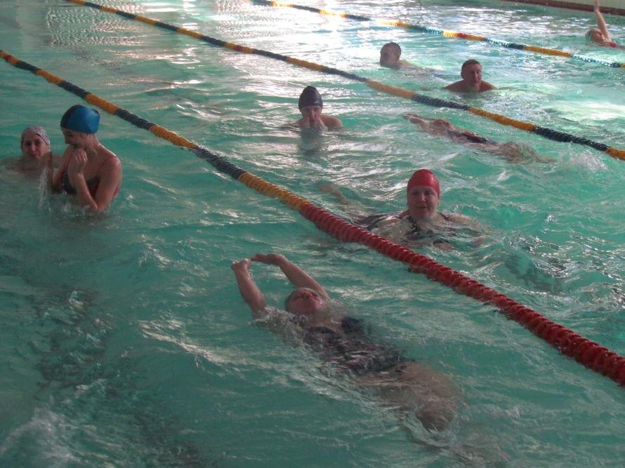 В Мариуполе стало больше физруков, которые научат детей плавать (ФОТО), фото-3