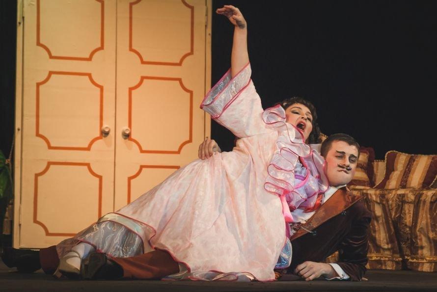 В Кривом Роге состоялась премьера спектакля «Голубая турецкая шаль» (ФОТО), фото-3