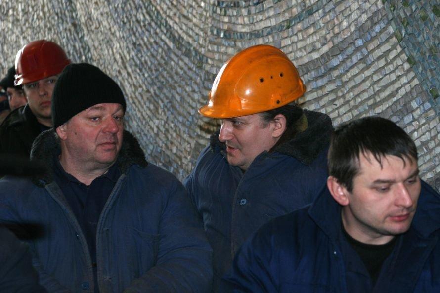 Работы по восстановлению, уничтоженной пожаром Углегорской ТЭС, будут вестись круглосуточно (фото, видео), фото-4