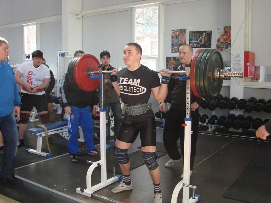 Самый сильный артемовец поднял в троеборье 660 килограмм, фото-5