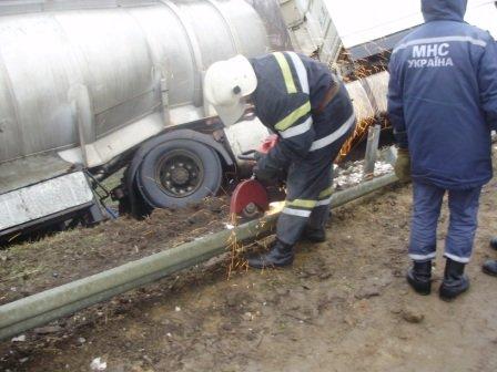 Трижды спасатели помогли водителям в экстренных ситуациях (фото), фото-1