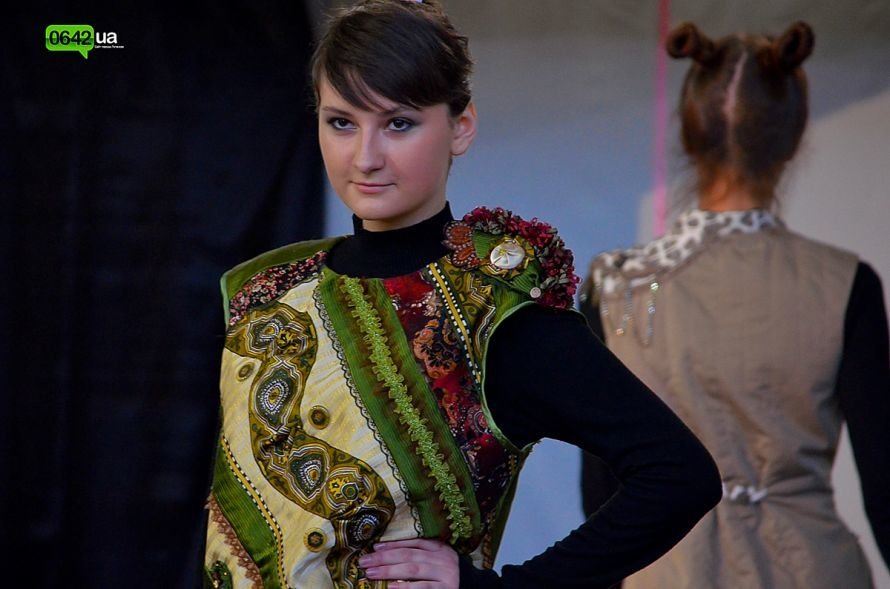 Студенты Луганской Академии искусств отметили День Юмора безумным чаепитием (ФОТО), фото-3