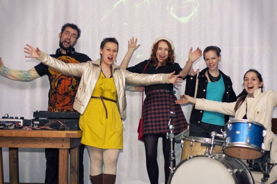 В Луганске открылось первое молодежное -интернет радио «Wake-up» (ФОТО), фото-1
