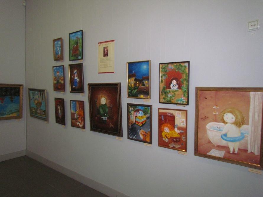 В Мариуполе дети и взрослые получили возможность окунуться в сказочный мир иллюстрации (ФОТО), фото-4