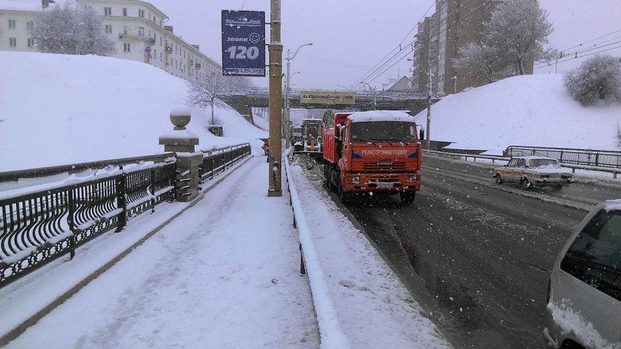 Обильный снегопад в Гродно продолжается