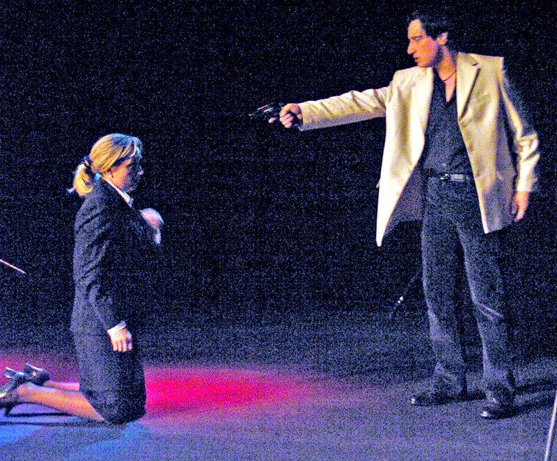 «Ненормальная» премьера на сцене Луганского русского драмтеатра смотрится на одном дыхании (ФОТО), фото-6