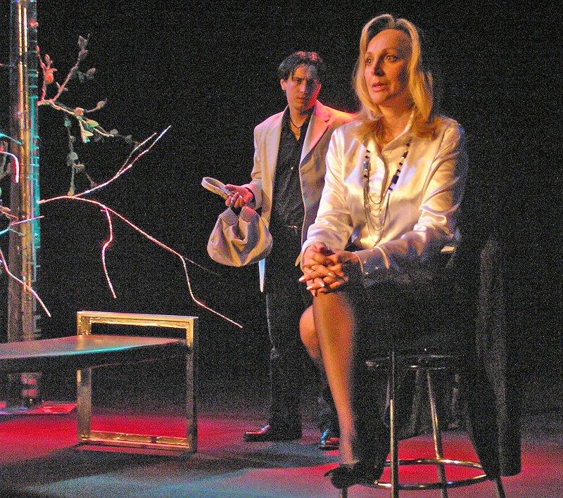 «Ненормальная» премьера на сцене Луганского русского драмтеатра смотрится на одном дыхании (ФОТО), фото-13