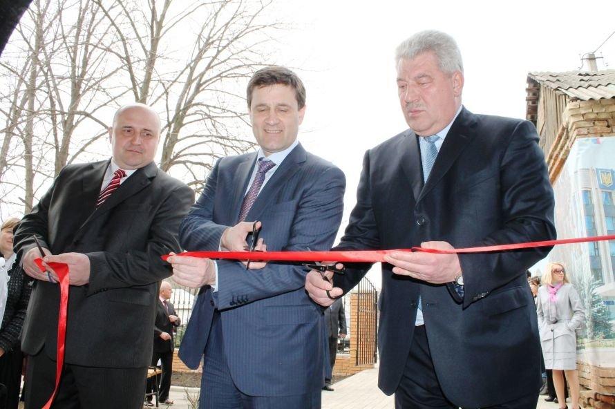 Губернатор пообещал купить и передать Артемовску оборудование для диагностического центра на 3,5 миллиона гривен (+ВИДЕО), фото-5