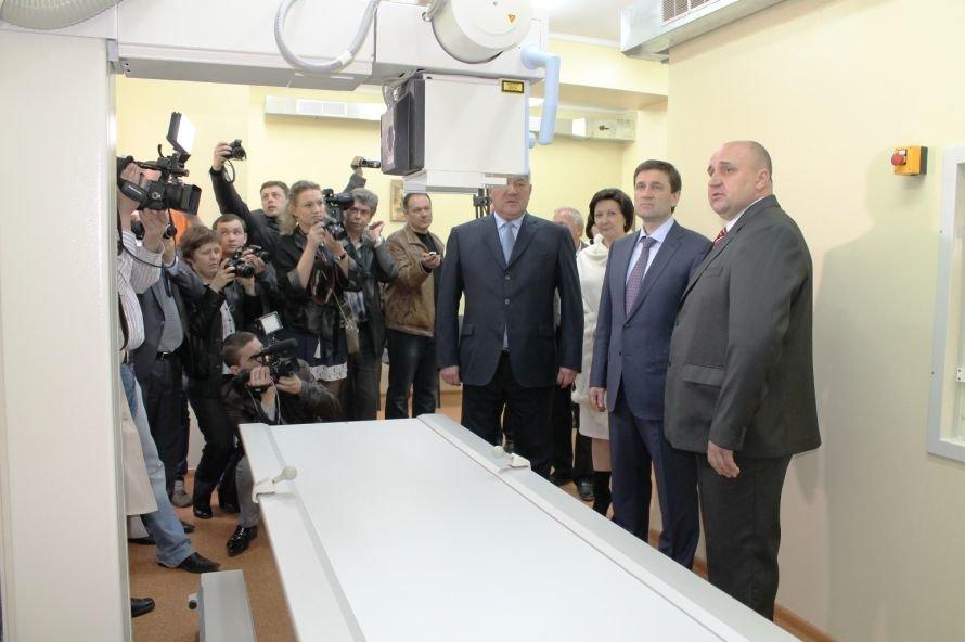 Губернатор пообещал купить и передать Артемовску оборудование для диагностического центра на 3,5 миллиона гривен (+ВИДЕО), фото-10