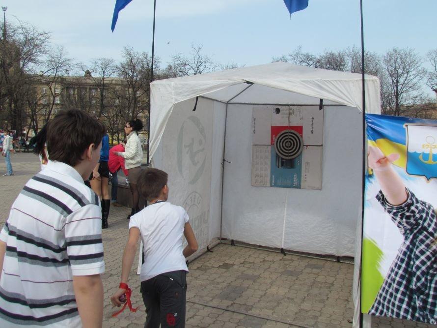 В Мариуполе Всемирный День здоровья отметили зарядкой (ФОТО), фото-6