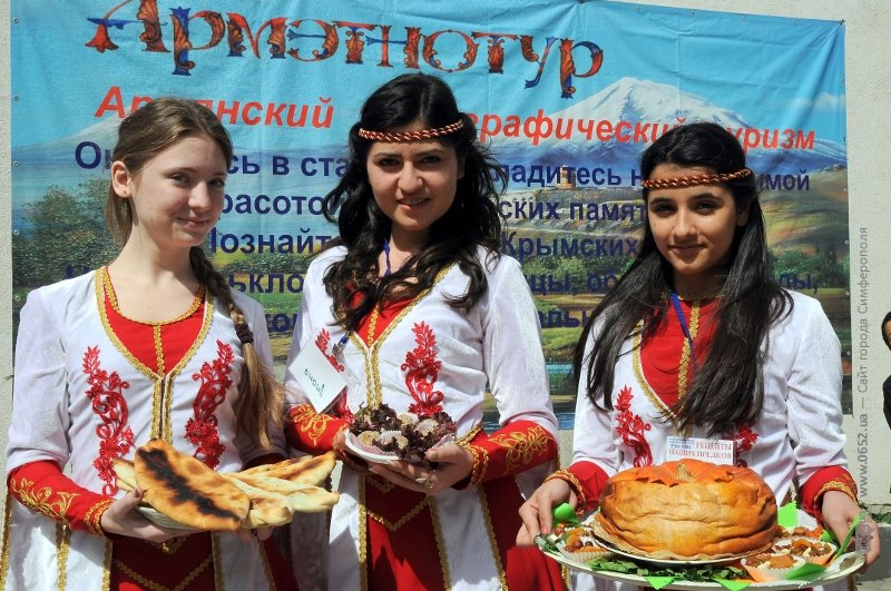 субботник и армяне 081