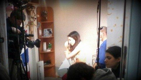 В Мариуполе телеканал ТЕТ снимал сюжет о школьнице с татуировкой, фото-1