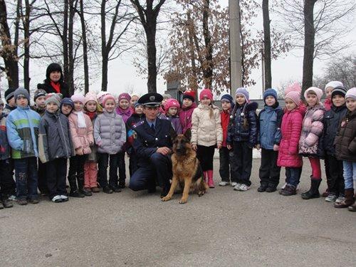 На Кировоградщине дошкольники посетили Кинологический центр (ФОТО) (фото) - фото 5