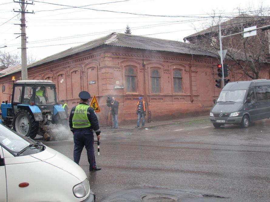 Лед тронулся! В Мариуполе в первую очередь отремонтируют подъездные дороги к церквям и кладбищам (ФОТО), фото-4
