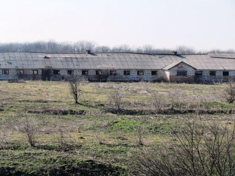 Майно колишнього колгоспу села Скалівські Хутори, знищене М.М. Коваленком